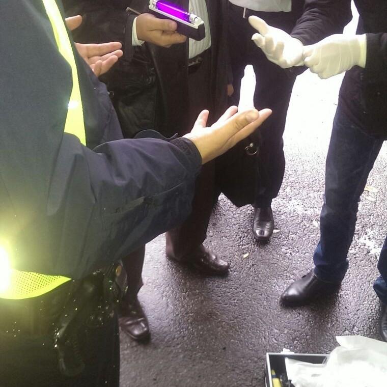На Львівщині на хабарі затримано патрульного поліцейського