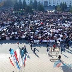 «Луганськ проти інтервентів» - у «ЛНР» відбувся мітинг проти іноземних місій