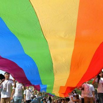 Вчені виявили, що сексуальна орієнтація є мінливою