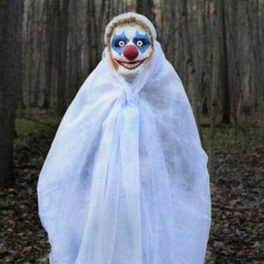 Англійська поліція б'є на сполох: на перехожих нападають «моторошні клоуни»