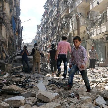Росія відновила авіанальоти по Алеппо
