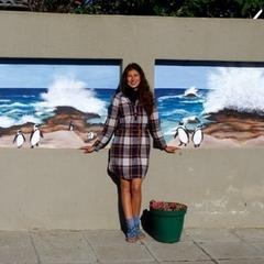 Українська художниця стала справжньою зіркою в Африці