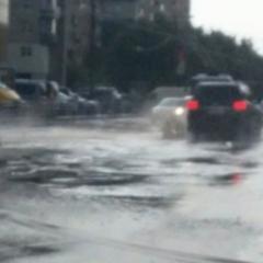 У зв'язку з погіршенням погодних умов синоптики попереджають водіїв про ускладненя дорожнього руху