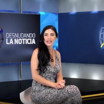 «Гаряча» телеведуча роздяглась у прямому ефірі теленовин (відео, фото)