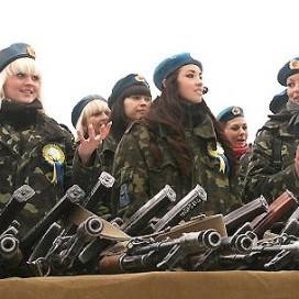 В інтернеті розгорівся скандал через привітання українським військовим від штабу АТО