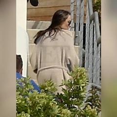 Одне із перших фото Джолі після розлучення