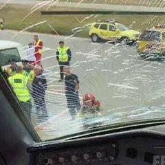 У літака з гравцями «Фенербахче» під час польоту тріснуло лобове скло (фото)