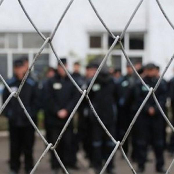Група озброєних злочинців напала на жінок