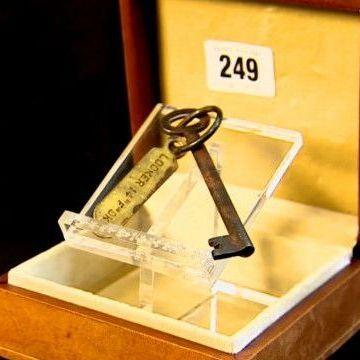 Ключ із Титаніка продали за 85 тисяч фунтів (відео)
