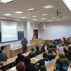 Скандальний репортер Грем Філліпс дав майстер-клас луганським студентам
