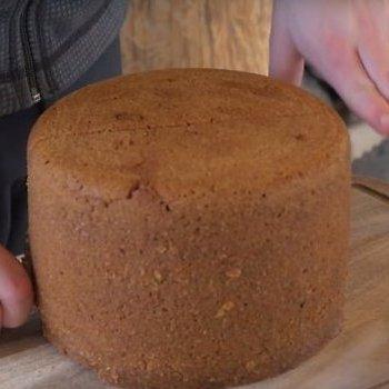 В Ісландії печуть хліб прямо на вулкані (відео)