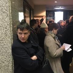 «Для мене важливо бути там» - Надія Савченко прилетіла до Москви (відео)