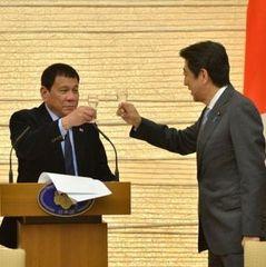Президент Філіппін почув голос Бога і поклявся більше не матюкатися