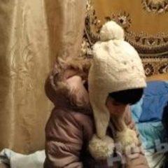 Горе - мати шукає загублену дитину (відео)