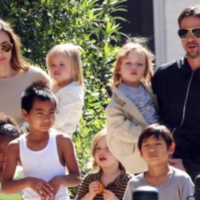 Чому діти відмовились жити з Анджеліною Джолі