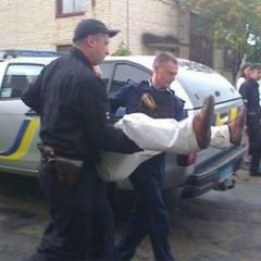 Незаконні дії поліцейських, що затримали волинського депутата (відео)