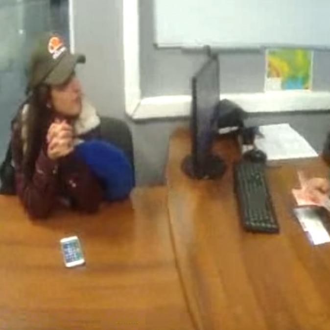 З'явилося відео видворення російської співачки KristinaSi з України