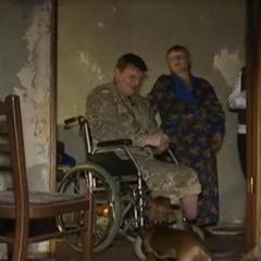 Поранений боєць АТО на інвалідному візку врятував матір з палаючої квартири (Відео)