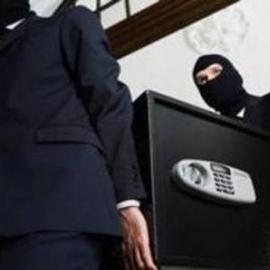 В Києві спіймали грабіжників, що двічі проникали в одну і ту ж квартиру