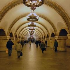 Увага! Вхід/вихід з метро «Золоті ворота» буде обмежено