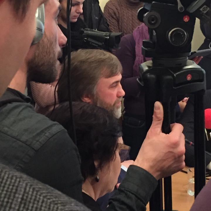 Новинський просить допитати Януковича