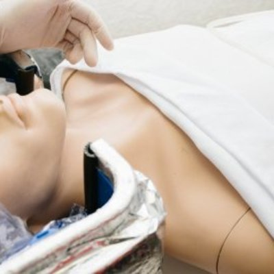У Великобританії вперше в історії дозволили заморозити померлу від раку дитину