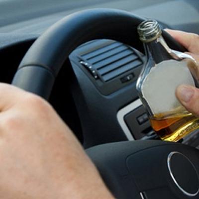 В українських автошколах водіїв навчатимуть за допомогою «п'яних» окулярів