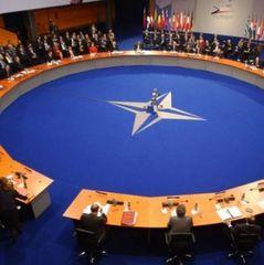 Дві війни України: захист незалежності та запровадження реальних реформ (відео)
