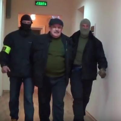 ФСБ оприлюднило відео затримання військового, якого звинувачують у шпигунстві на користь України