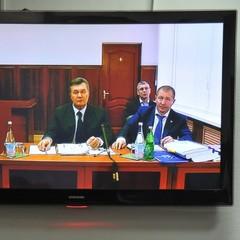 Адвокат Януковича просить Луценка порушити справу через зрив засідання