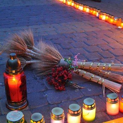 Без свічок і чорного. Українцям пропонують новий символ Голодомору