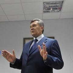 Янукович прибув на допит до суду Ростова