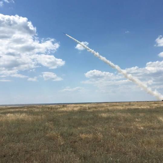 Україна не відмовиться від ракетних навчань біля Криму після погроз Росії