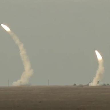 З'явилося відео ракетних навчань поруч з Кримом