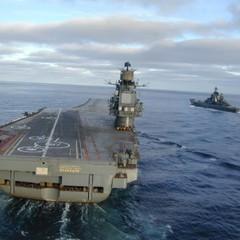 Російський винищувач не зміг сісти на «Адмірала Кузнєцова» та впав у море