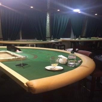 На Київщині підпільне казино «базувалося» на трьох поверхах будинку