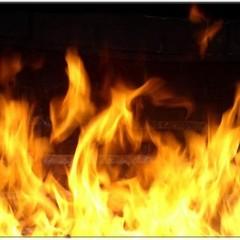 В Росії чоловік влаштував пожежу, вбив двох односельців і розстріляв пожежників