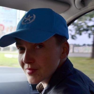 Автомобіль з Савченко злетів у кювет на Одещині (фото)