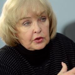 Лікарі розповіли про стан госпіталізованої до реанімації Ади Роговцевої
