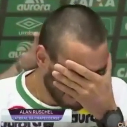 «Менеджер попросив пересісти» - гравець «Шапекоенсе» розповів, як він вижив в авіакатастрофі (відео)
