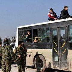 «Вони вмирають від холоду»: в Алеппо затримали автобуси з людьми