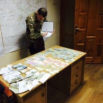Суд виніс вирок двум прокурорам Краматорська