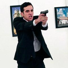 Чому вбивцю посла Росії не взяли живим  - прокуратура Туреччини з ясовує  обставини f84e872fd3d1f