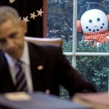 Розіграш у Білому домі: Барака Обаму налякали сніговиками