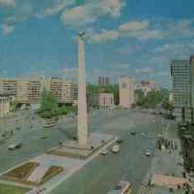 В Києві хулігани понівечили пам'ятник Перемоги