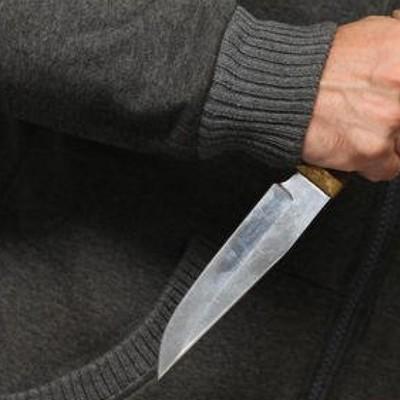 У Ніжині батько порізав ножем дорослого сина-військовослужбовця
