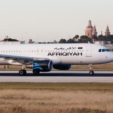 У Лівії невідомі викрали літак із пасажирами на борту (фото)