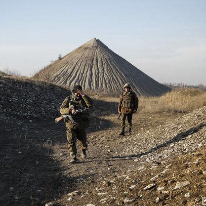 Атака позицій ЗСУ на Світлодарській дузі (в тому числі обстріл із Градів)