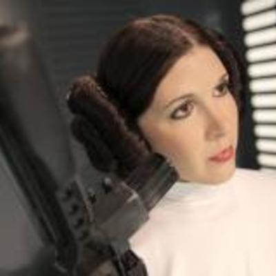 Померла принцеса Лея із «Зоряних воєн» –  Кері Фішер