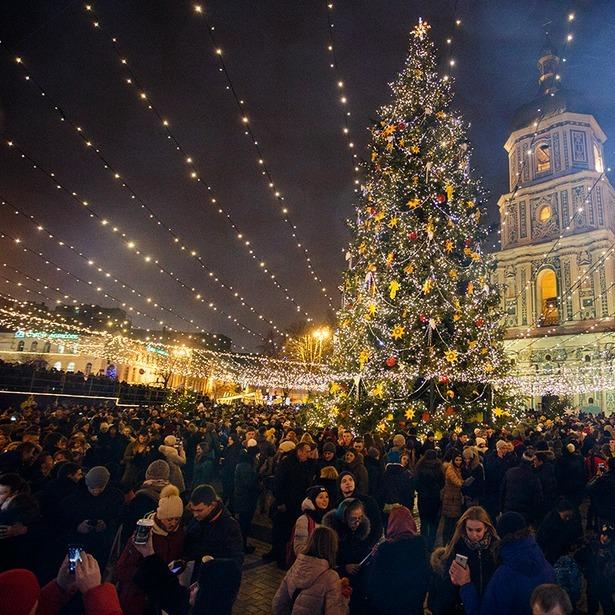 Як у Києві працюватиме громадський транспорту у новорічну ніч?